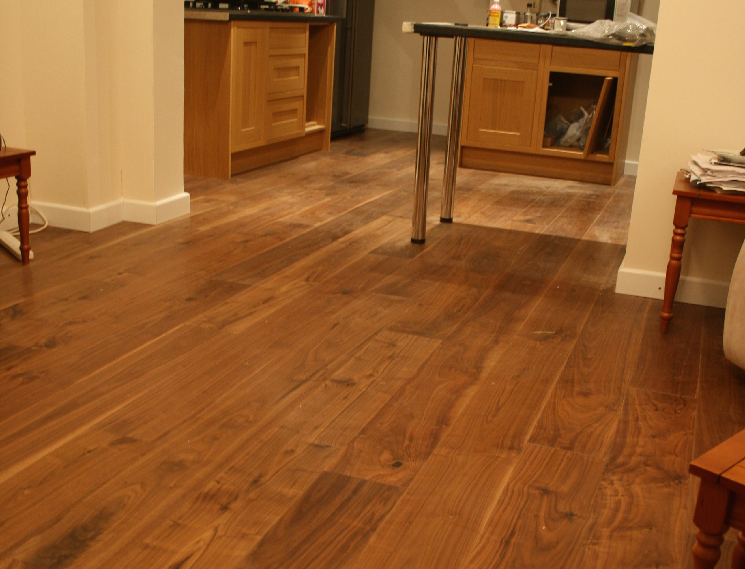 Black American Walnut Lacquered Flooring E505