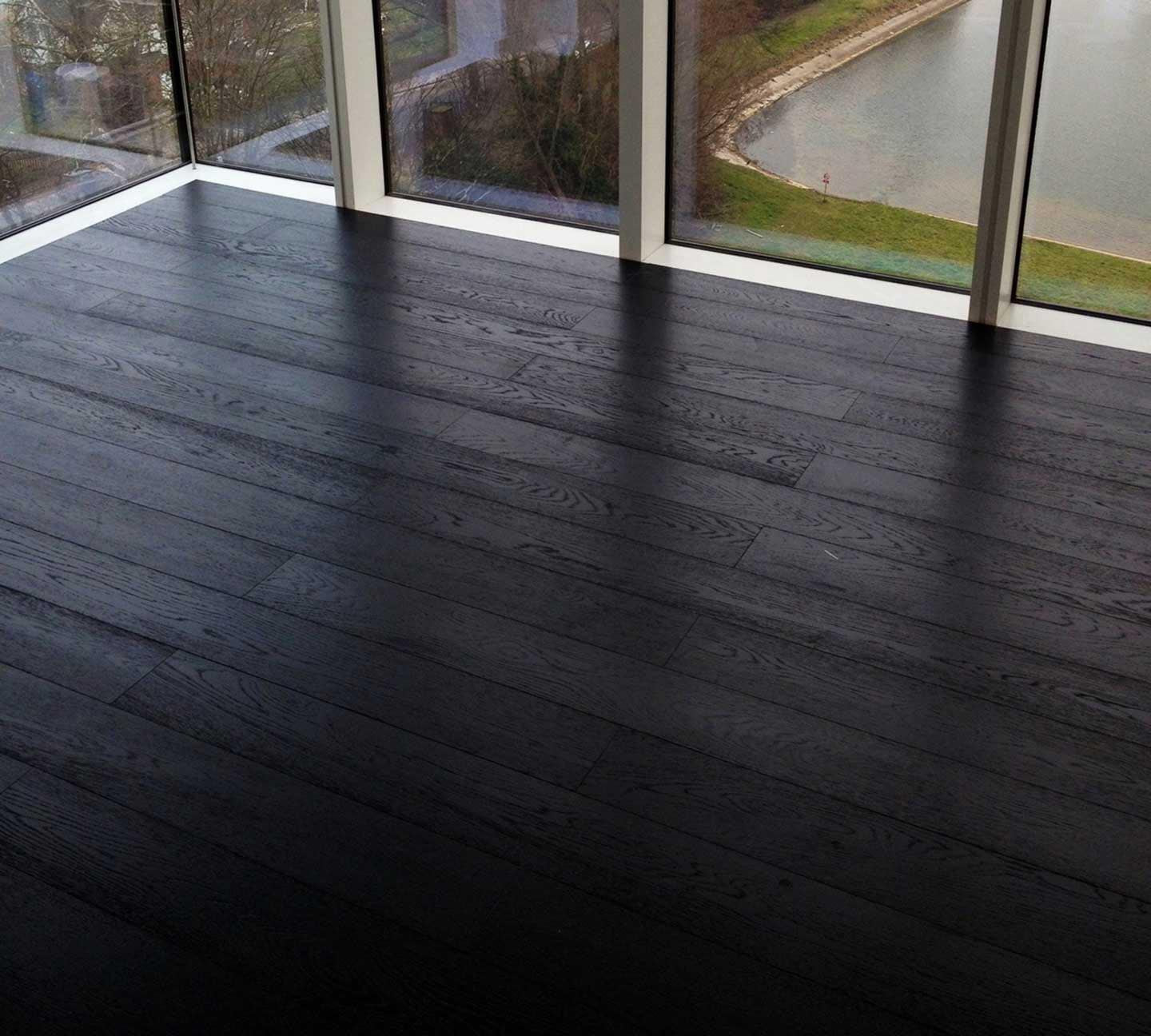 Brushed Black Oak Lacquered Finish