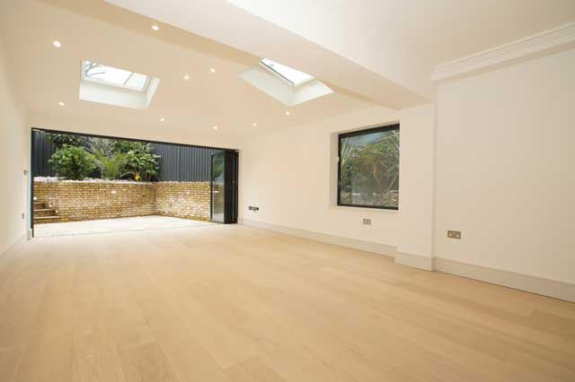 White Lacquered Oak in Roman House