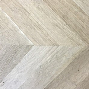 Unfinished Natural Solid Oak Chevron Parquet Block 30° Angle | EazyFit115